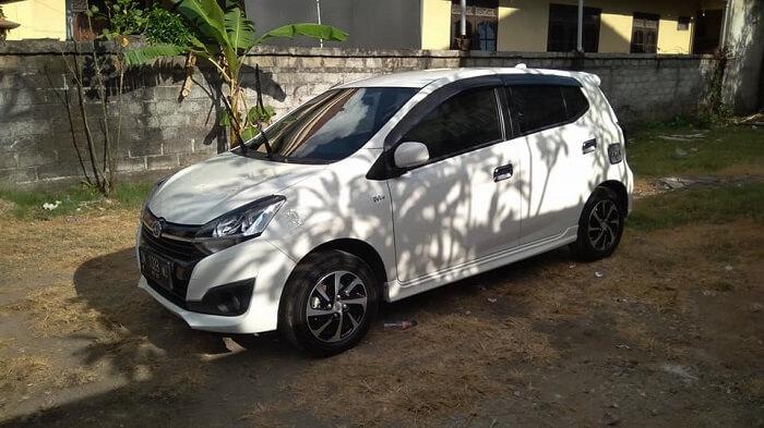 4 Mobil Keluarga yang bisa di sewa lepas kunci di Bali