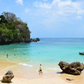 Lebih mengenal budaya Bali di Uluwatu